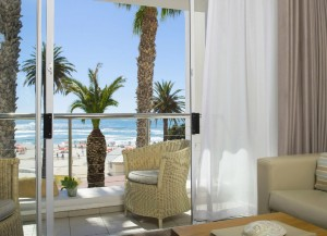 the-bay-hotel-beach-views